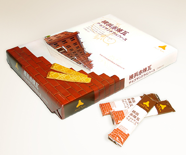 横浜赤煉瓦チョコサンドウェハース パッケージ